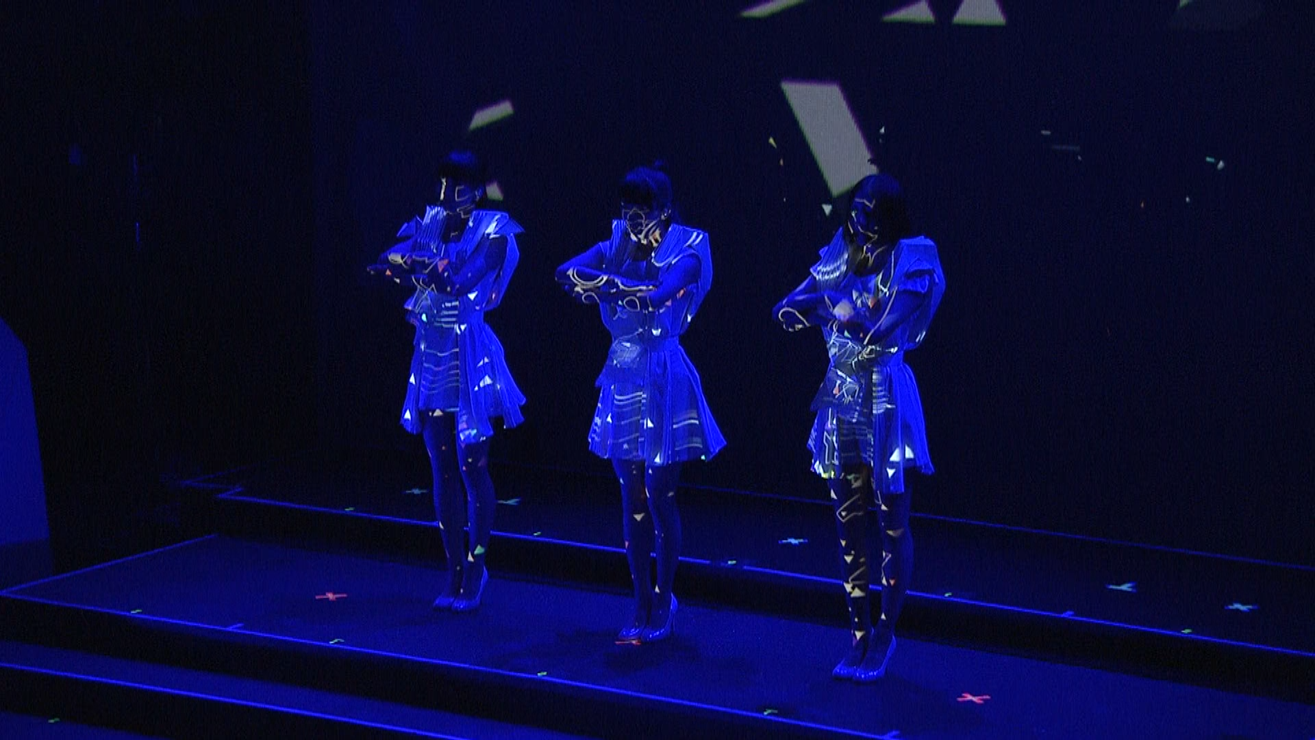 "Perfume World Tour 2nd ""Spending All My Time"""
